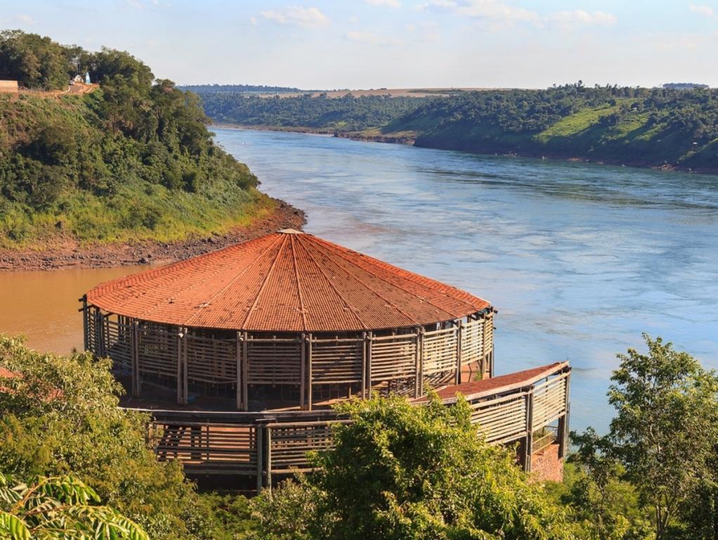 منتزه سيرو كورا الوطني الرائع