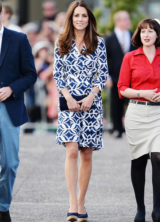 Kate Middleton تستكمل جولتها الملكية بأناقة