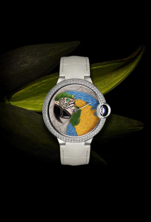 هل تبحثين عن ساعة بتصميم مميّز؟
