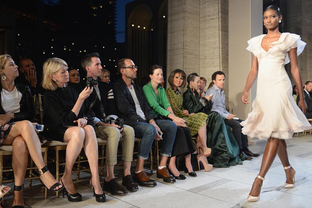 كوني معنا في تغطية خاصة لعروض أسبوع الموضة في نيويورك