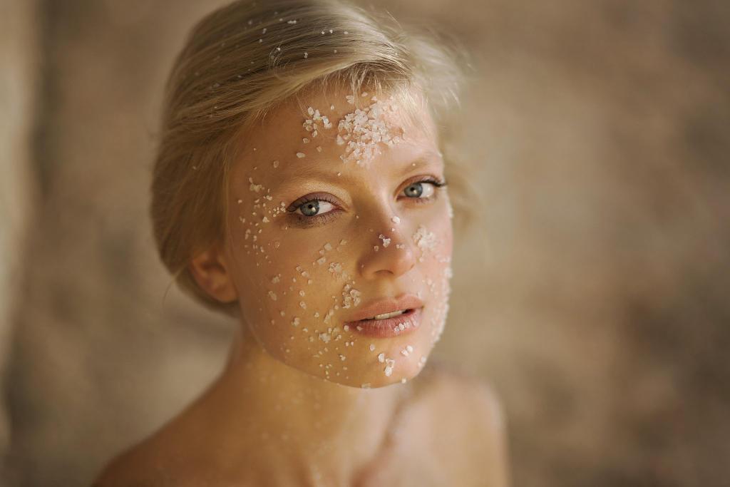 مستحضرات تستعملينها بكثرة تؤثر سلبا على بشرتك,شعرك واظافرك !