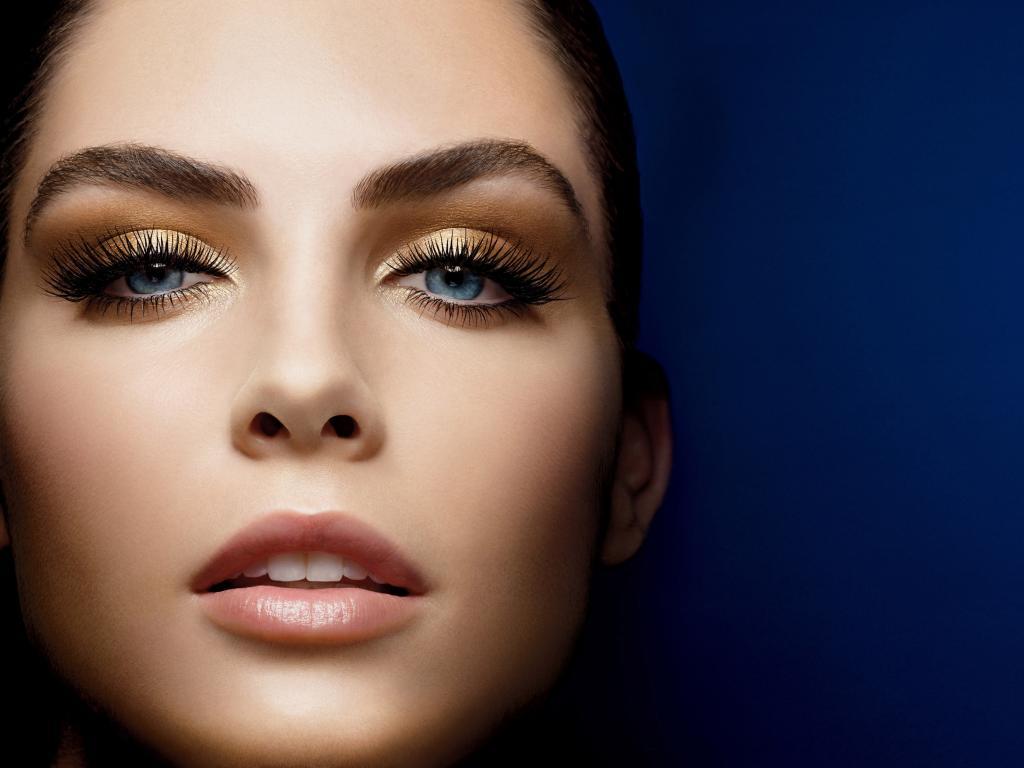 3 تقنيات للحصول على عيون أكبر حجماً