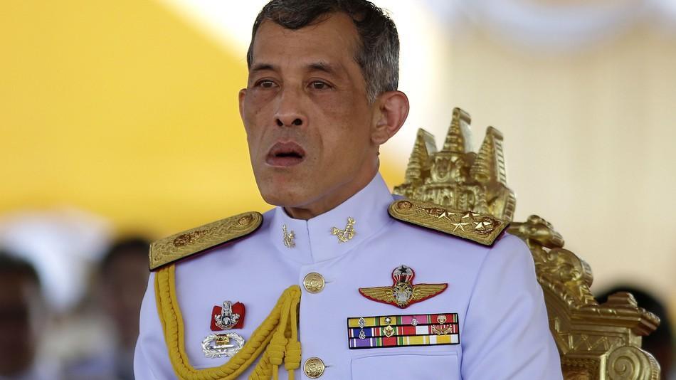 فيس بوك  يتسبب بسجن تايلاندي 35 عاماً.. ما هي تهمته؟   مجلة سيدتي