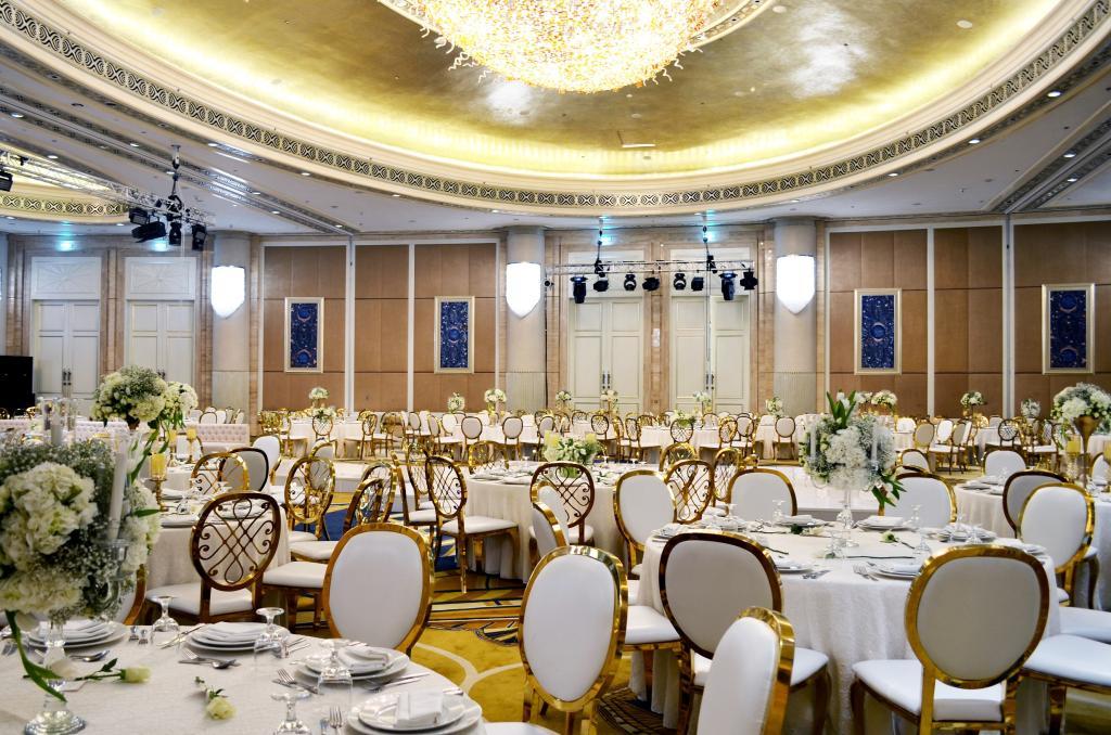 حفلات زفاف مميزة في فندق سانت ريجيس أبوظبي   مجلة سيدتي
