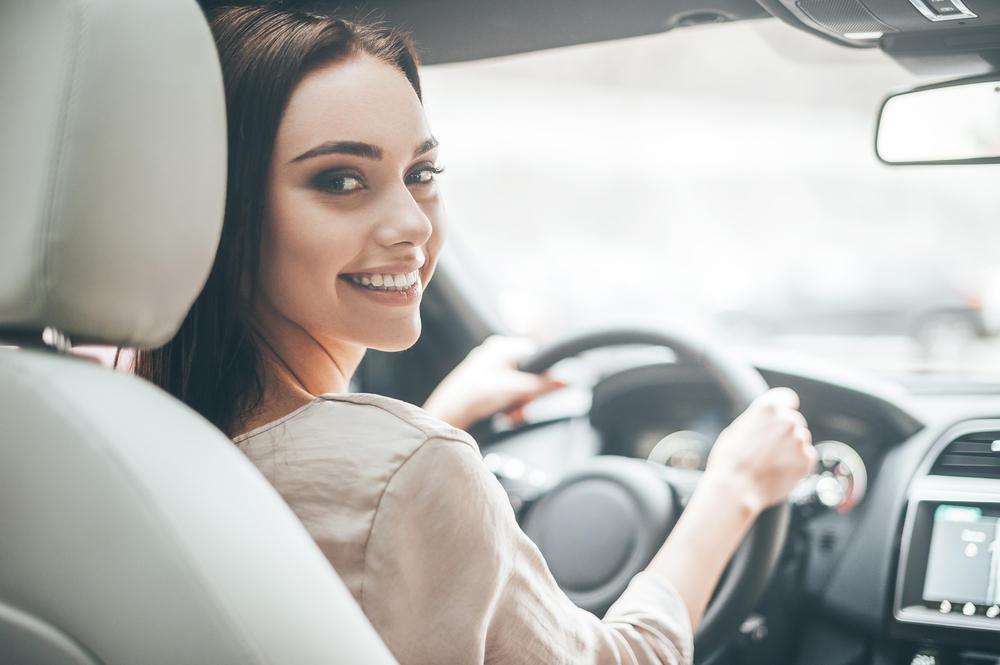 اتيكيت  قيادة السيارة والأصول التي يجب اتباعها   مجلة سيدتي