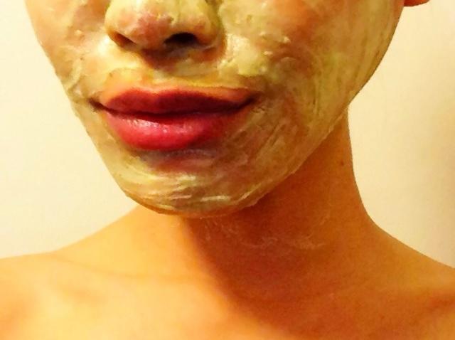 ماسك العسل لتنظيف وجهك قبل مكياج الزفاف   مجلة سيدتي