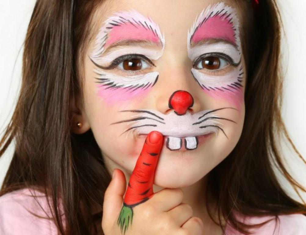 تحذير من الرسم على وجوه الأطفال مجلة سيدتي