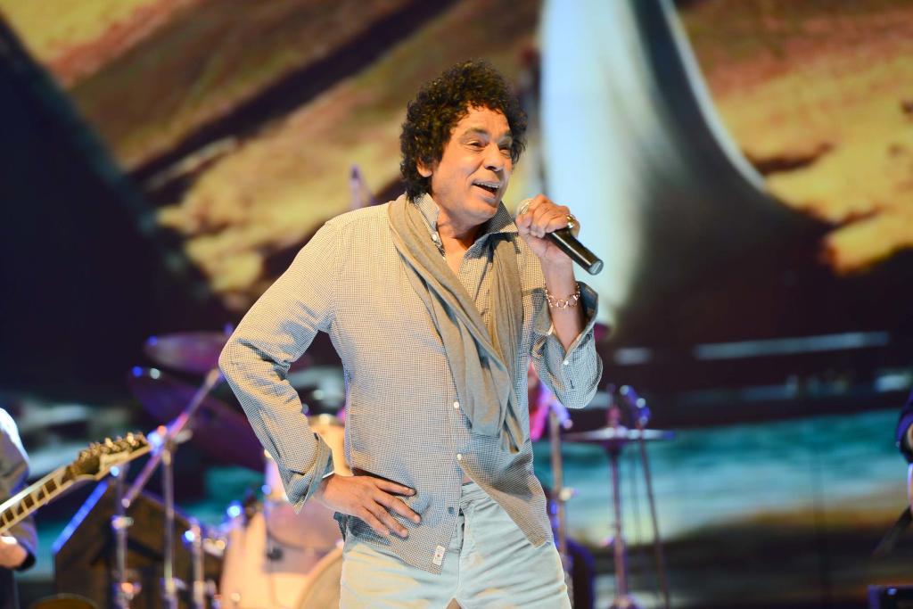 محمد منير يعود إلى دبي بعد غياب 4 سنوات   مجلة سيدتي