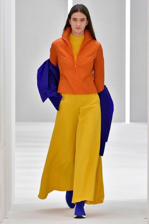 19ac71222 المصمم Jasper Conran يضيء أسبوع لندن بالألوان الرائقة | مجلة سيدتي