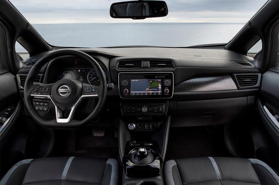 نيسان ليف الجديدة تفوز بلقب أفضل  سيارة صديقة للبيئة  لعام 2018   مجلة سيدتي
