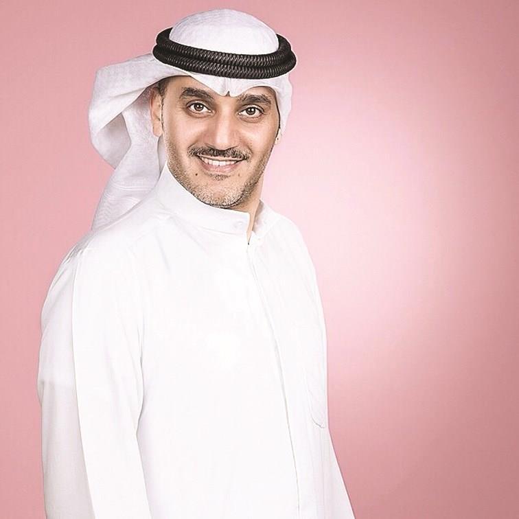 الفنان الكويتي خالد البريكي بدأت حياتي بائعا في السوق وأقولها برأس مرفوع مجلة سيدتي