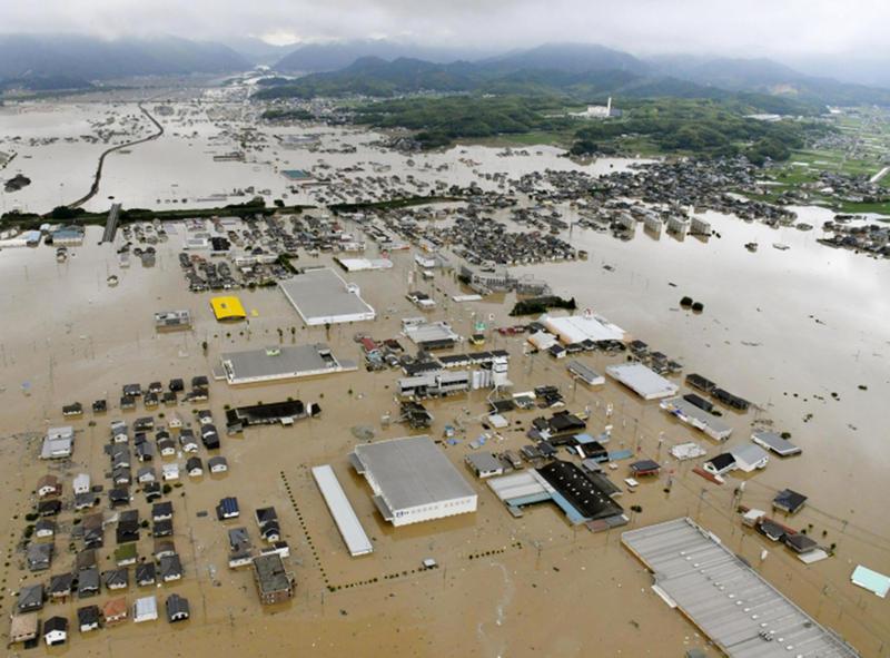 زلزال بقوة 6 ريختر وأمطار تسقط عشرات القتلى في اليابان   مجلة سيدتي