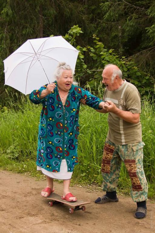 61dc74307b654 دراسة حديثة تكشف أكثر شخص محتمل أن يخونك شريكك معه