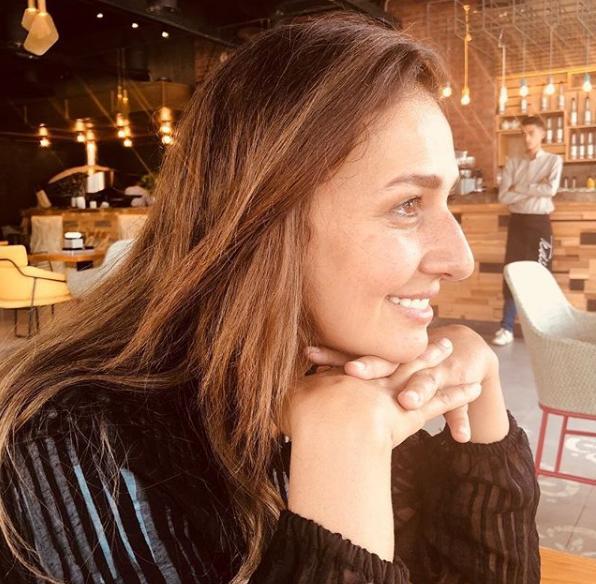 خاص لـ سيدتي نت : عادل إمام يدعم حلا شيحا ويرشحها لبطولة مسلسله الجديد   مجلة سيدتي