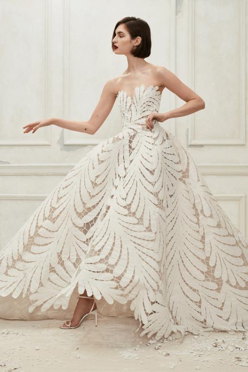 50501bf58 فساتين زفاف 2019 من تصميم أوسكار دي لارنتا | مجلة سيدتي