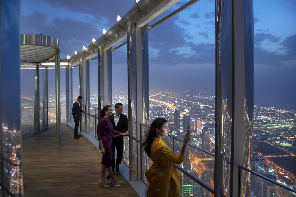 إعمار تفتتح ذا لاونج برج خليفة الأعلى في العالم مجلة سيدتي