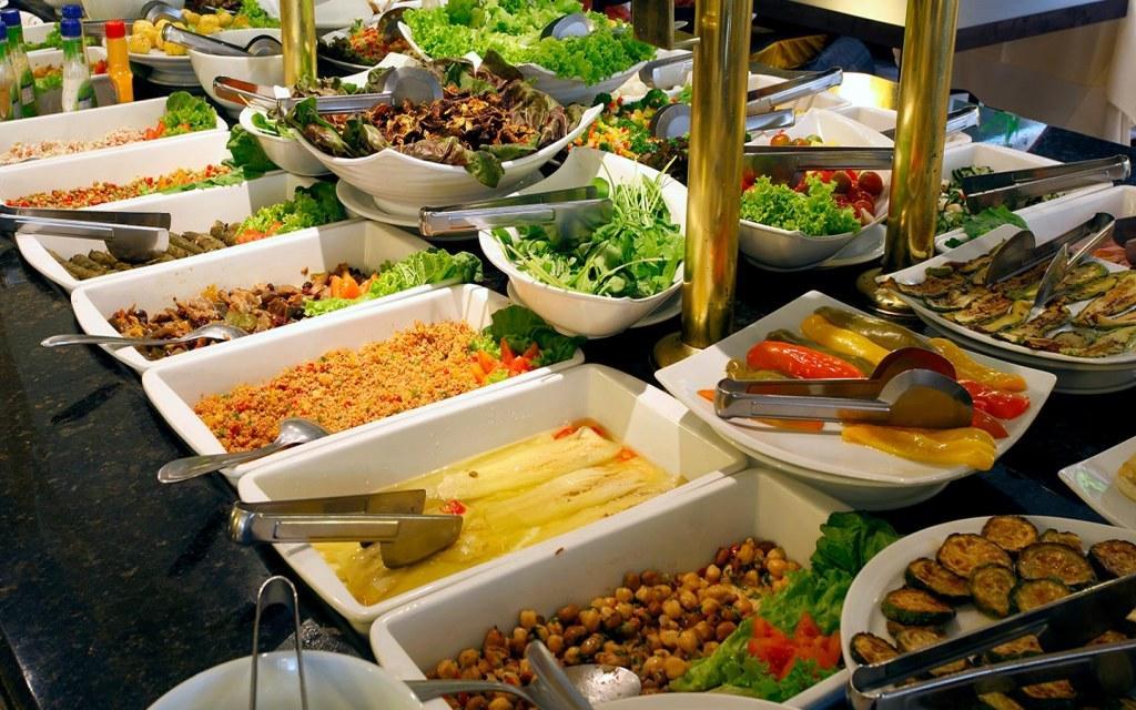 أبرز بوفيهات إفطار رمضان في دبي مجلة سيدتي