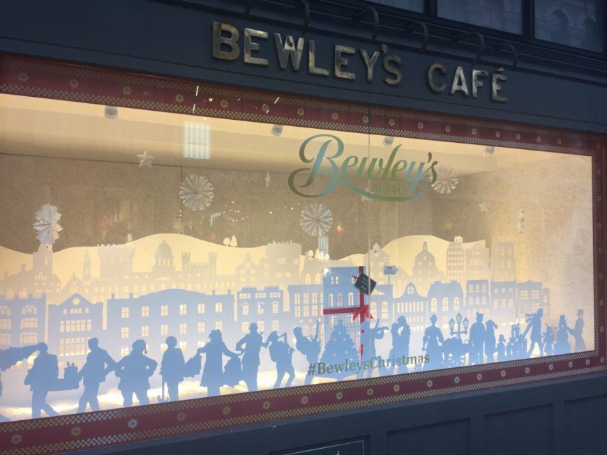مقهى ثقافي في دبلن