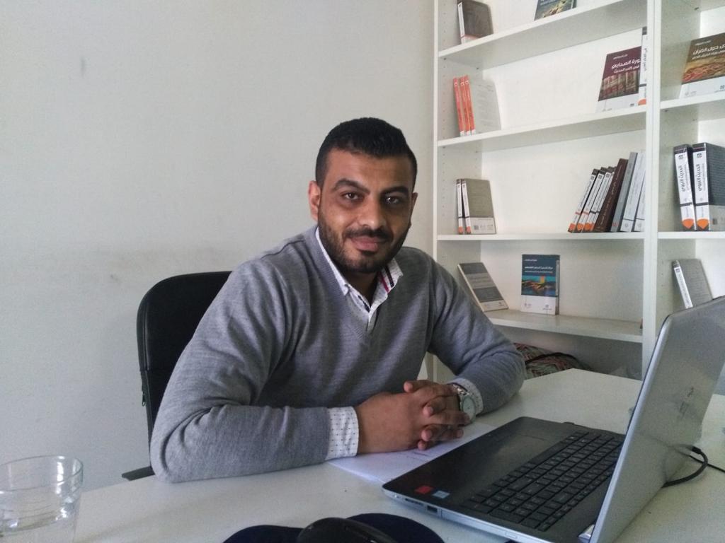 الشاعر الأردني مروان البطوش