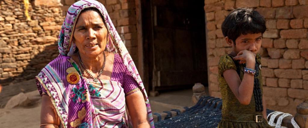 الأرامل ومعاناة الفقر