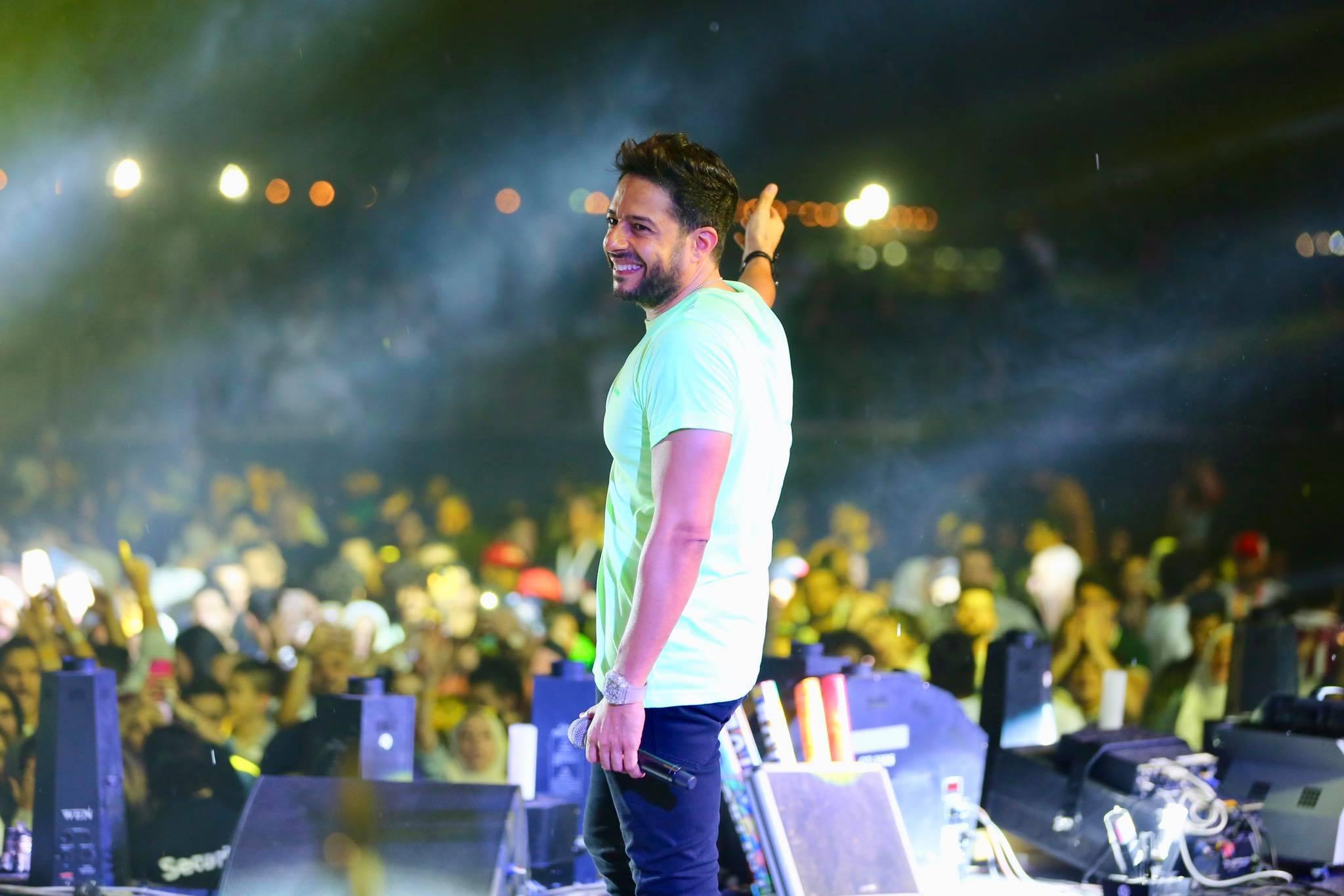 نتيجة بحث الصور عن حفل محمد حماقي في موسم جدة