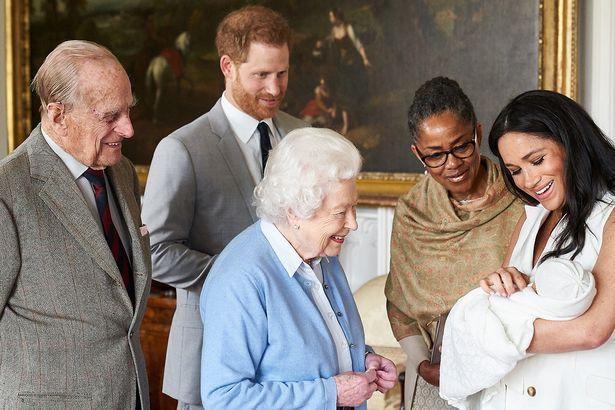 ميغان ماركل والعائلة الملكية