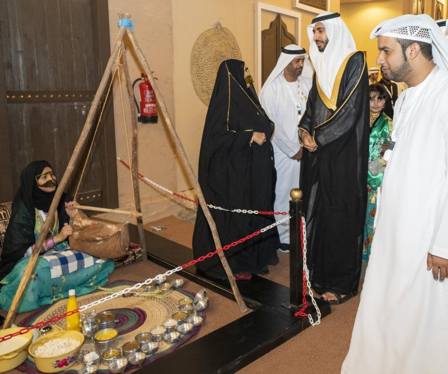 الأمير خالد الفيصل في مهرجان سوق عكاظ