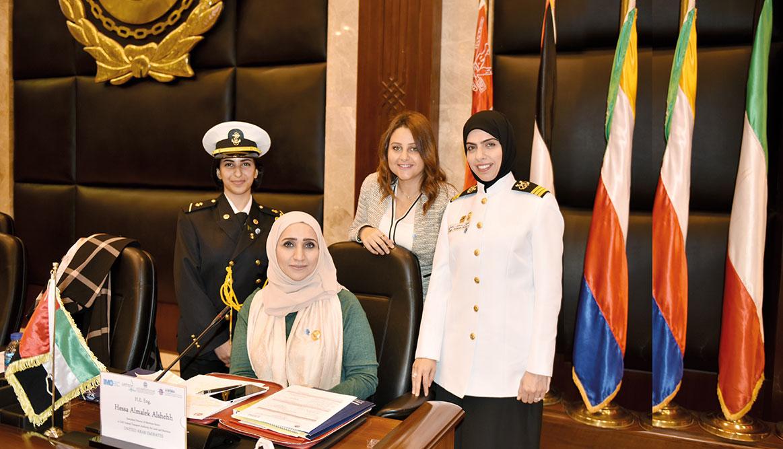 في يوم المرأة الإماراتية سحر الراستي أول قبطانة إماراتية
