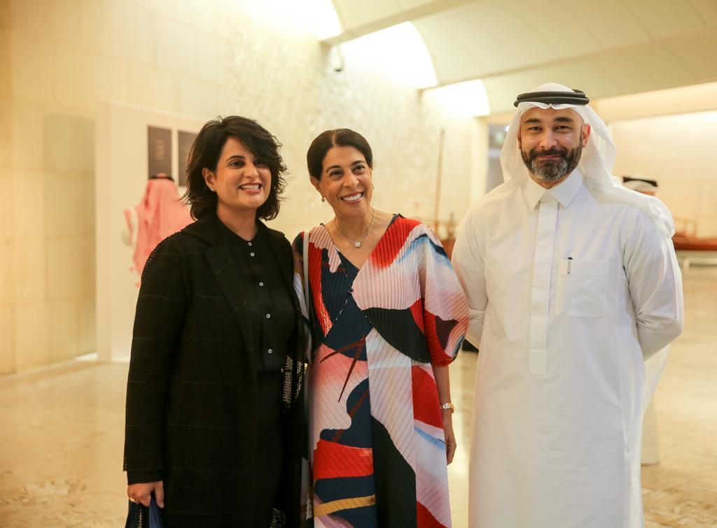 الشيخة هلا مع الكاتبة السعودية خزندار