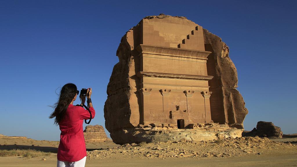 سعوديون يشاركون قطاع السياحة بأفكارهم بعد التأشيرة السياحية   مجلة سيدتي