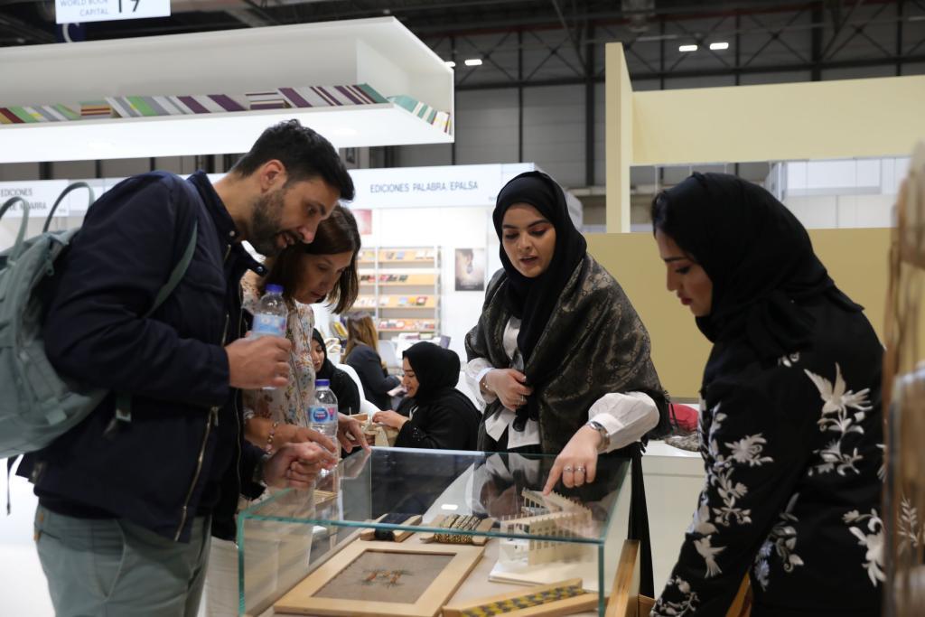 الحرف الإماراتية في معرض ليبر الدولي للكتاب