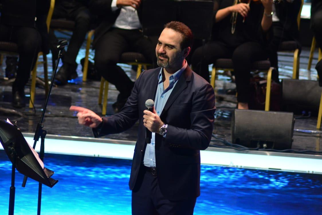 وائل جسار يطلب من جمهوره طلباً غريباً أثناء حفله الأخير... فما هو؟! | مجلة  سيدتي