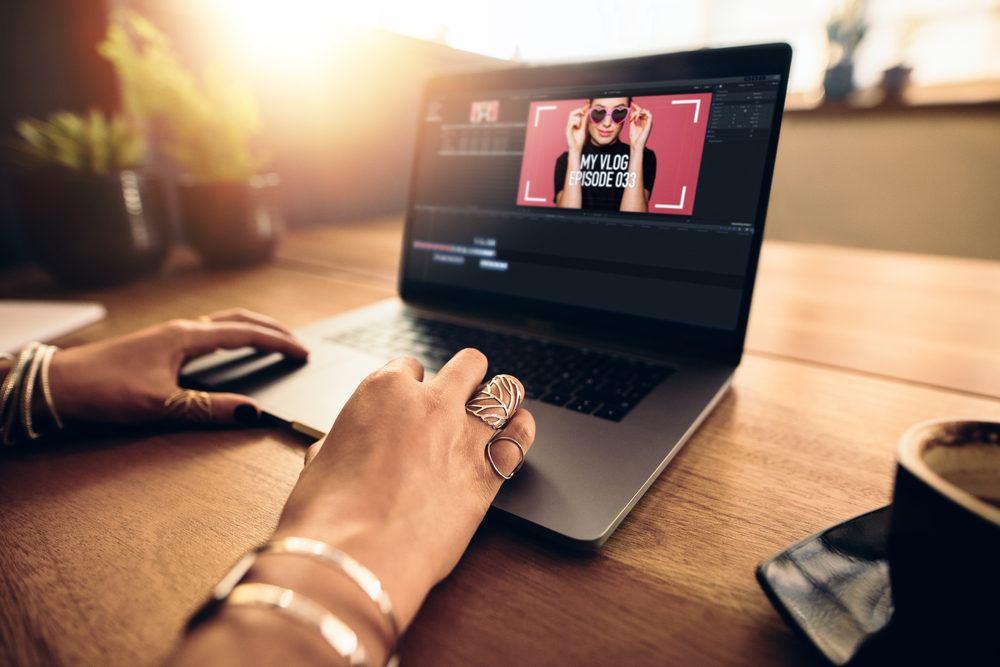 صناعة فيديو يحقق انتشاراً على مواقع التواصل الاجتماعي