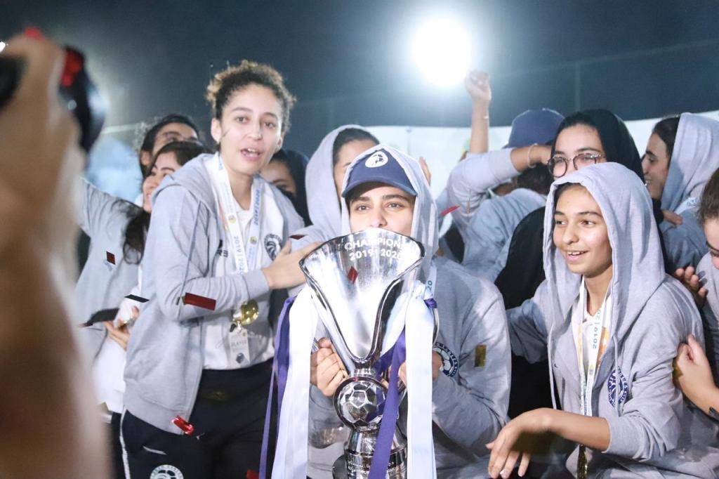 الجوهرة السديري سعودية تلعب في نادي كرة القدم