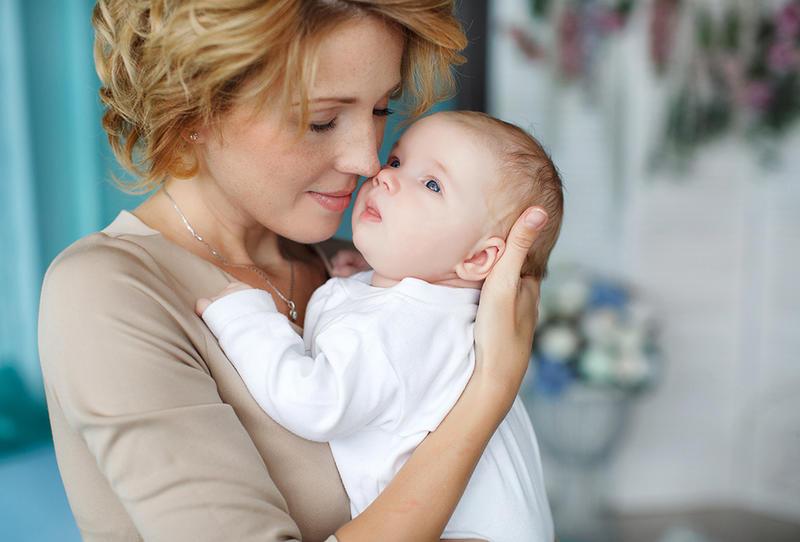 أسباب استفراغ الرضيع لحليب الأم مجلة سيدتي