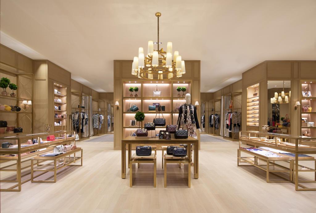 توري بورش تفتتح متجر جديد في المملكة العربية السعودية مجلة سيدتي