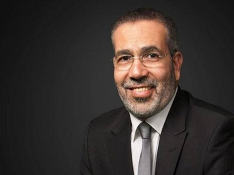 الكاتب المصري مدحت العدل