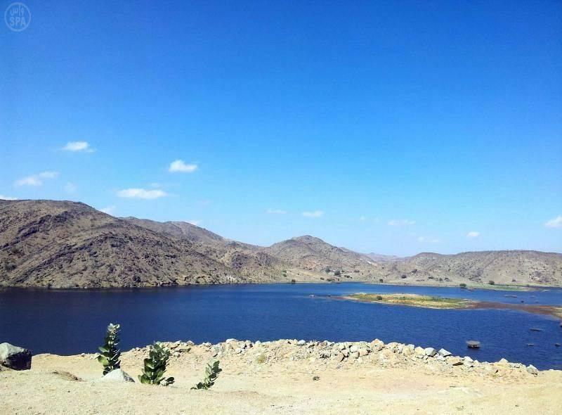 تتميز بلجرشي بمناخها الجبلي والمعتدل طوال فصول السنة (الصوره موقع واس)
