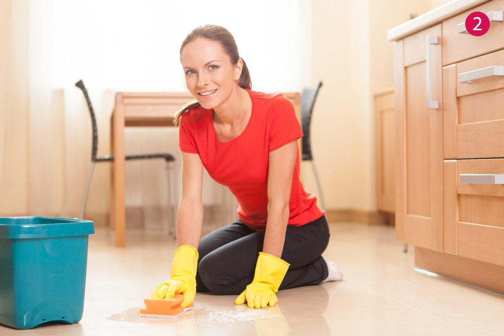 خطوات بسيطة لتنظيف أرضيات السيراميك