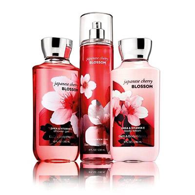 Bath-&-Body-Works-Japanese-Cherry-Blossom-Gift-Set.jpg