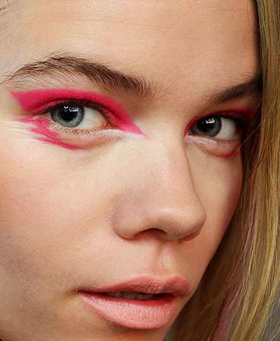 Beauty-Looks-2015-by-NARS-Cosmetics-Make-Up-Nails-35.jpg