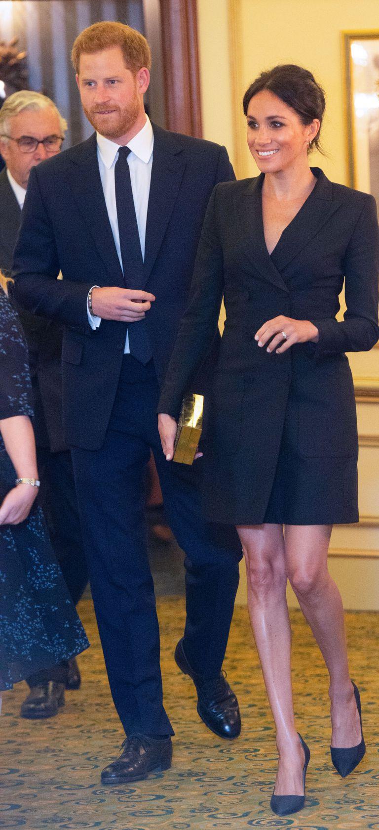 ميغان ماركل بفساتين بليزر