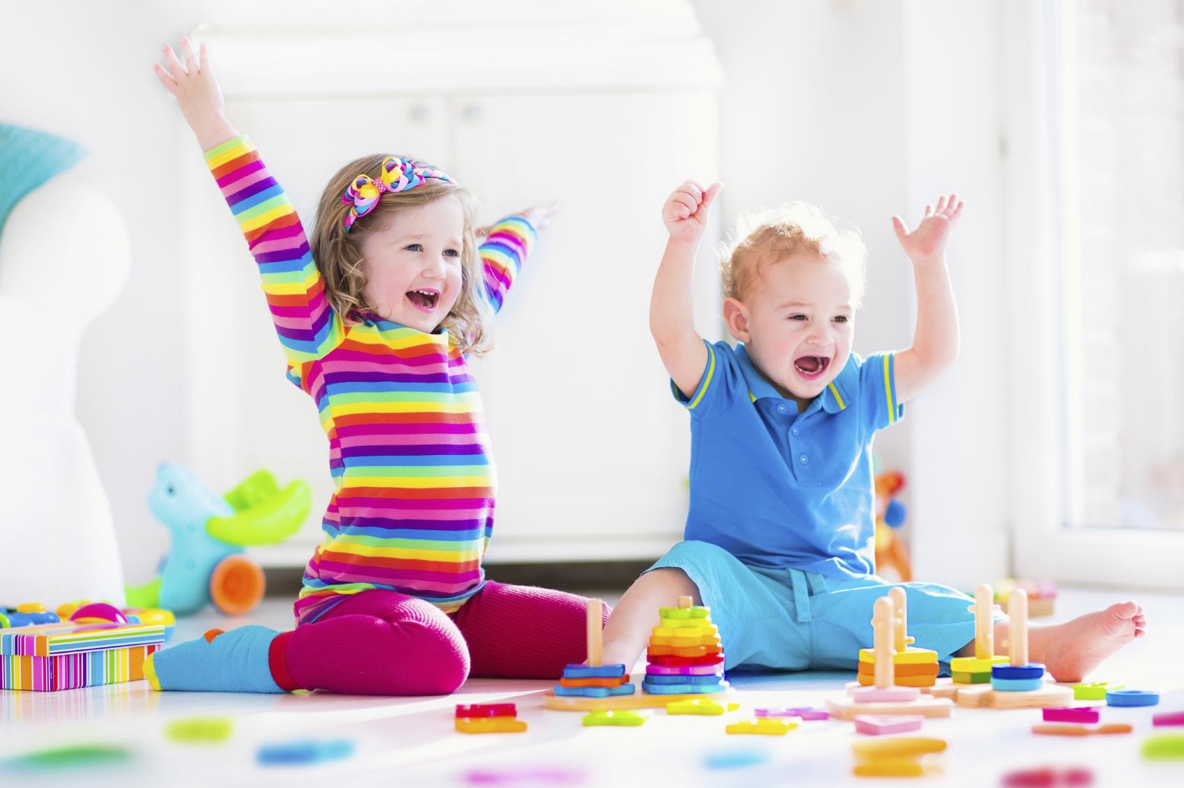 الاطفال والابراج