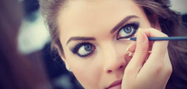 مكياج لتكبير العيون