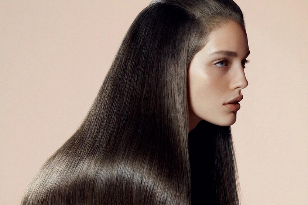 لبن جوز الهند لتنعيم الشعر