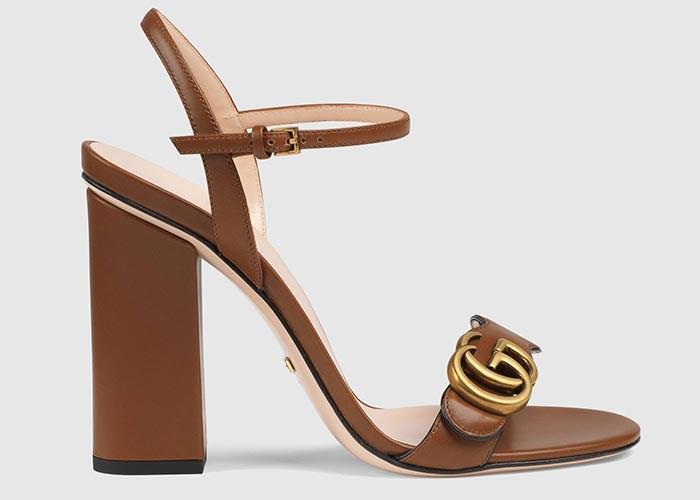 حذاء نيود من تصميم Gucci