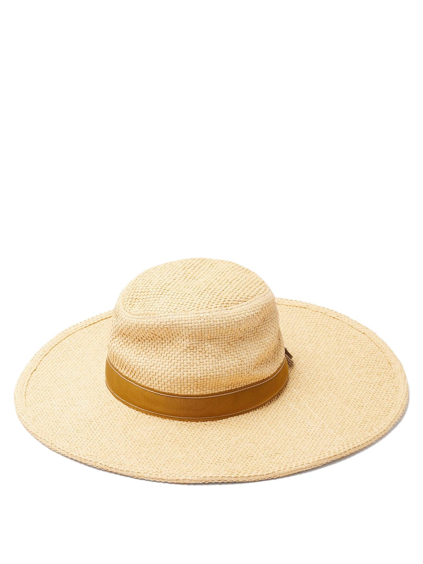 القبعات