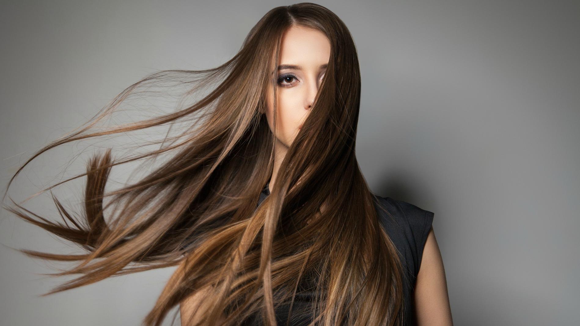 طرق التخلص من تطاير الشعر