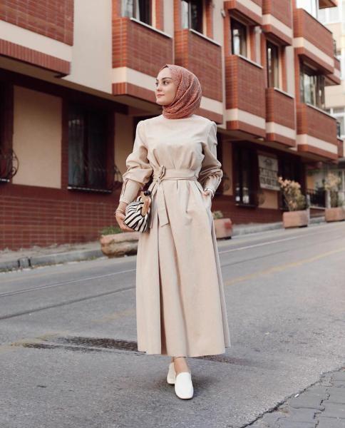 فستان بيج مزود بحزام