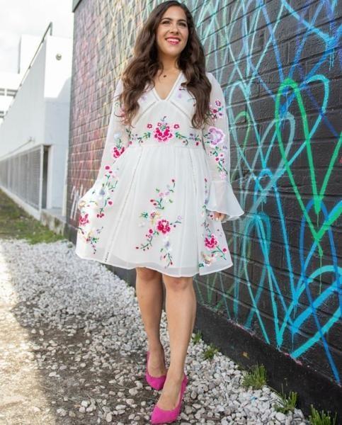 فستان مطبع بالورود للممتلئات